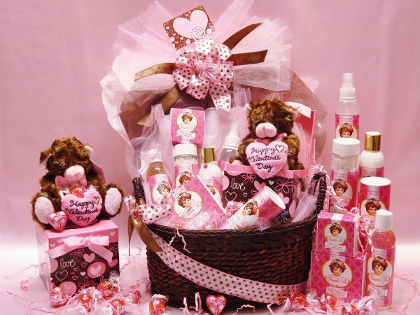 How To Choose A Perfect Women Gift For Your Special Lady